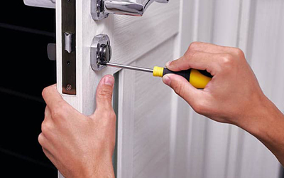 Situations Where You Should Call A Professional Locksmith